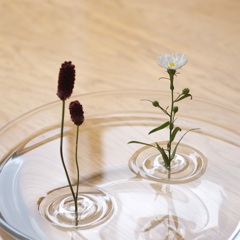 Barely-There Floating Vases Show the Beauty of Minimalism