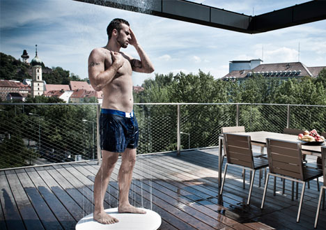 outdoor deck showqer