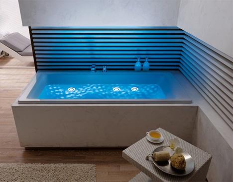 LED lighted bathtub