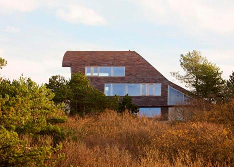 dune house side windows