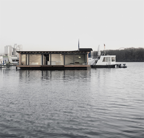 Modern Houseboat Berlin 2