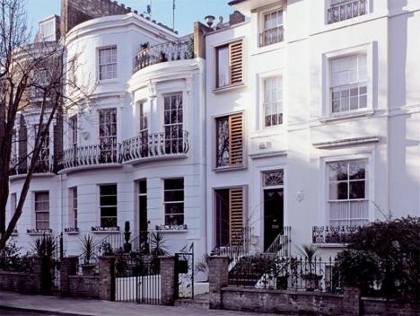 Narrow Stacked Gap House London 6