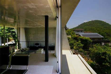 outdoor terraces edge house