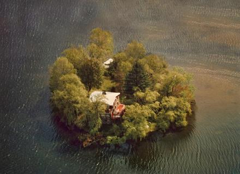 private island putnam lake new york