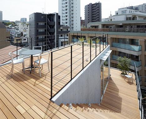 Balcony House Japan 1
