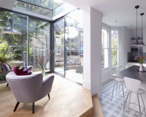 Modern Glass Addition London Home 1