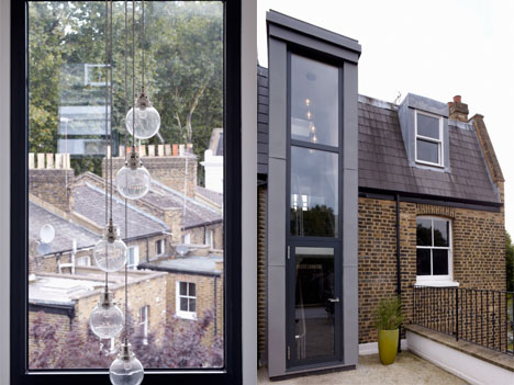 Modern Glass Addition London Home 3