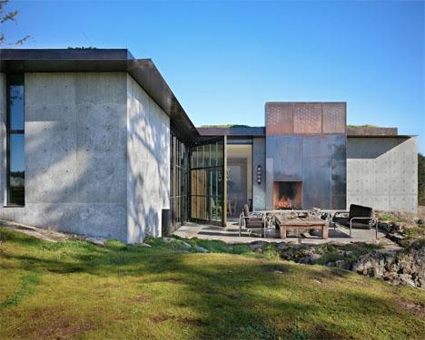 Camouflaged Concrete Boulder House 6
