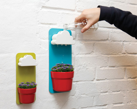 Cute Wall-Mounted Planters Keep Your Indoor Plants Alive