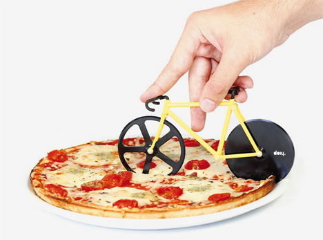 bumblebee fixie pizza cutter