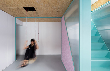 ceiling swing