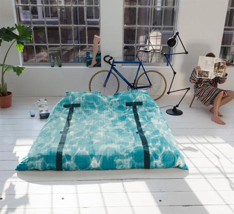 Great photorealistic swimming pool duvet set