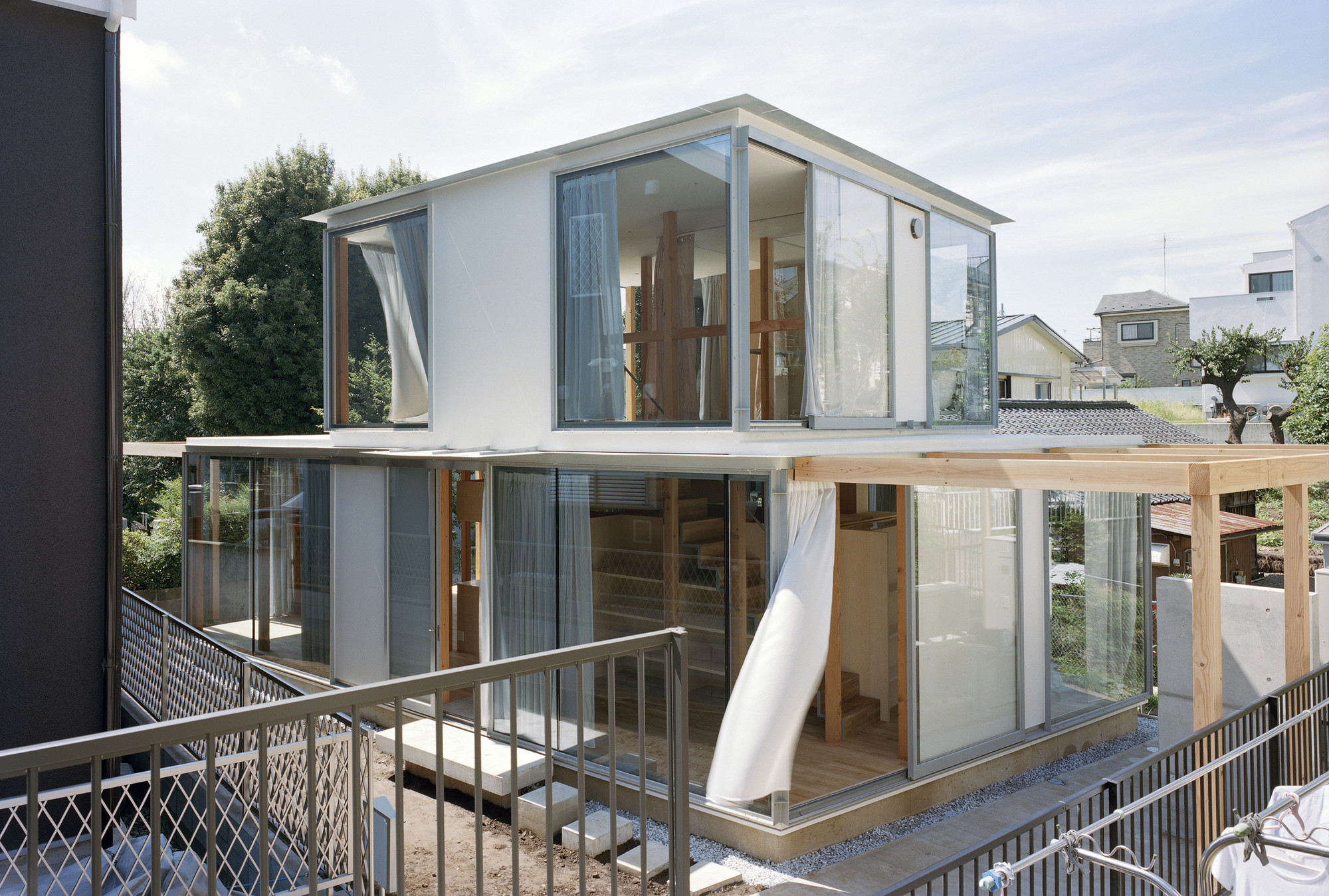 Modern Wood Amp Glass House In Japan Designs Amp Ideas On Dornob
