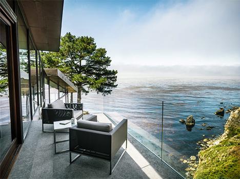 Glass Seaside House 3