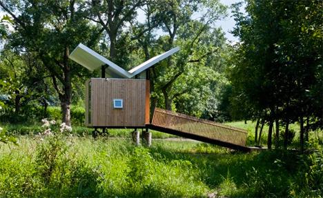 meditation hut and tea room