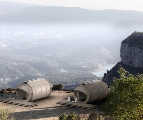 Futuristic Capsule House Takes Luxury Eco-Hotels on the Go