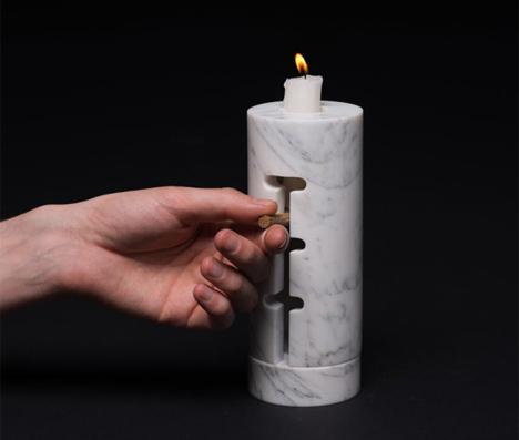 adjusting candle holder