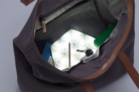 flexible purse kangaroo light
