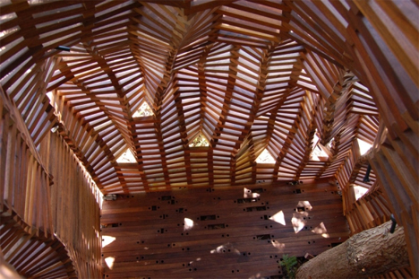floor of knit fort