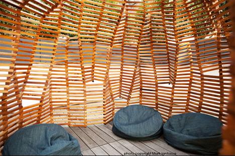 interior knit fort
