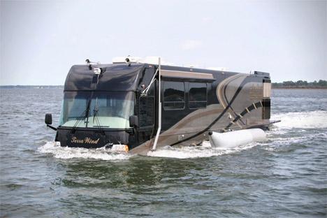Amphibious RV 9