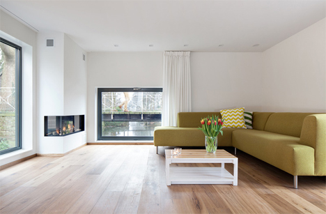 seating area fireplace