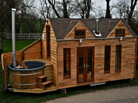 Tiny House Hot Tub 1