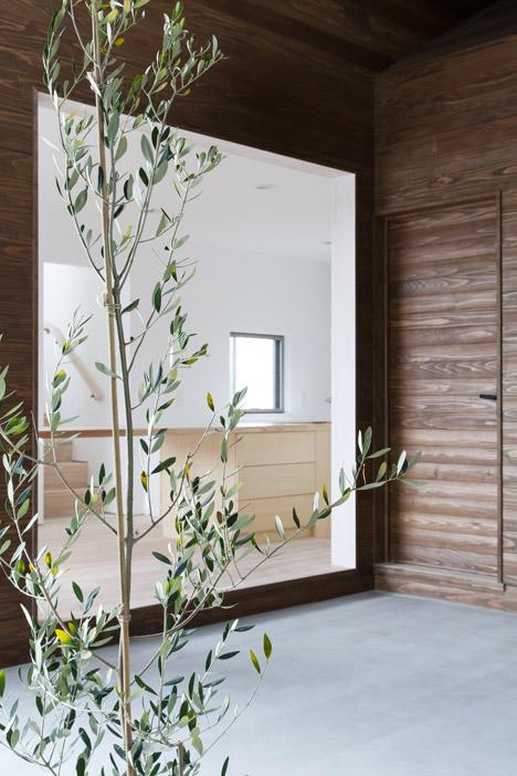 7 Family Units Under One Big Roof Designs Amp Ideas On Dornob