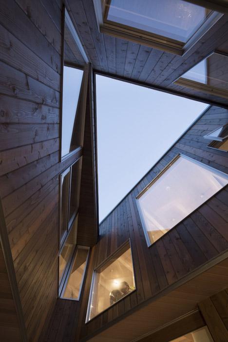 triangular house doma