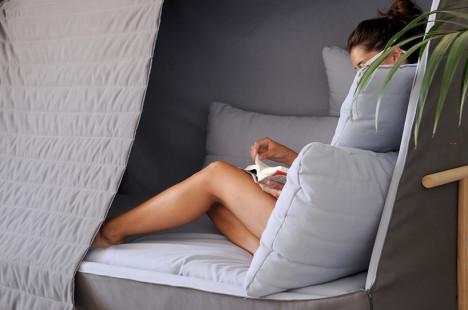 cabin sofa 4