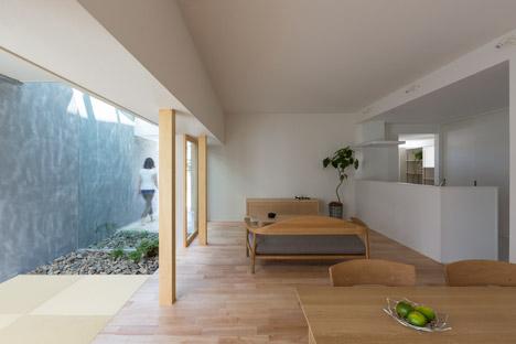 shiga japan house next to parking lot