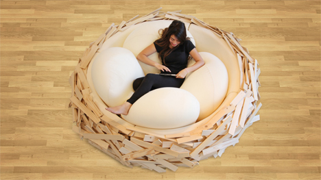 birdsnest with giant eggs