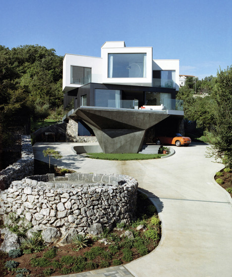 stacked croatian house 2
