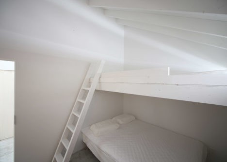 capsule bedrooms 3