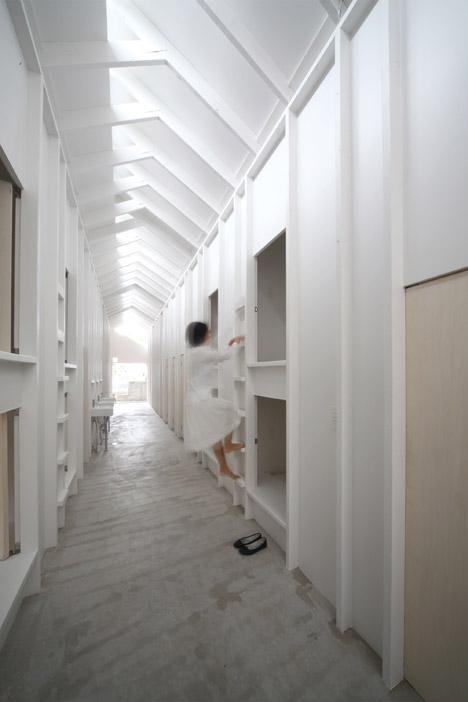 capsule bedrooms 6