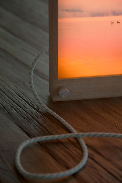 led backlit picture frame