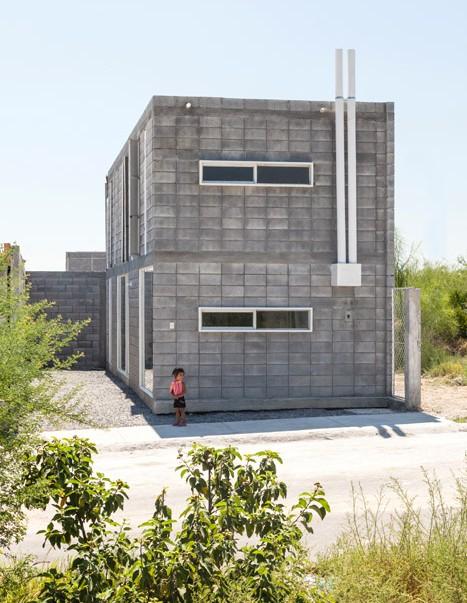 Casa Caja Low Cost Concrete House Designed To Diy