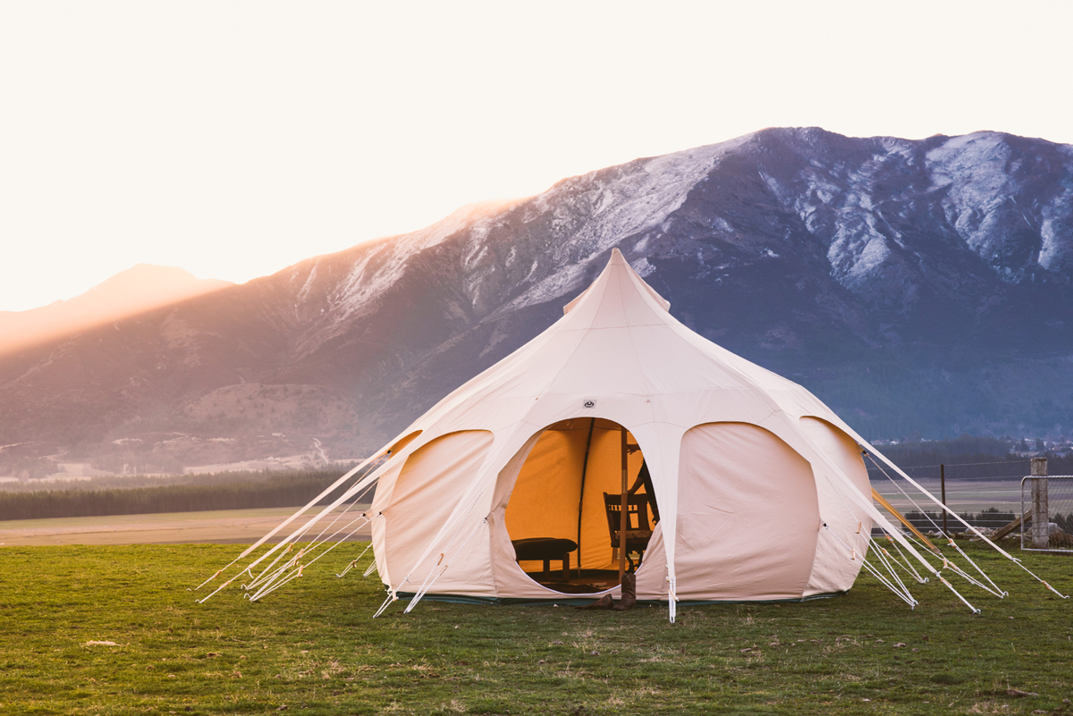 Yurt Tent / Yurt tents have now become a staple of the modern camping world as the latest yurt designs are.