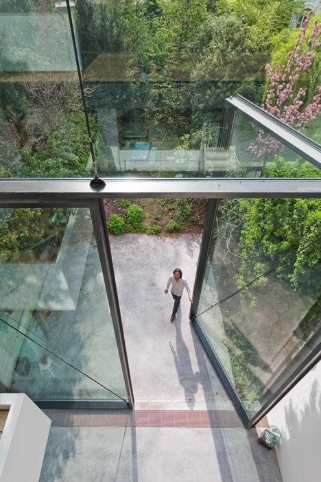 largest windows 3