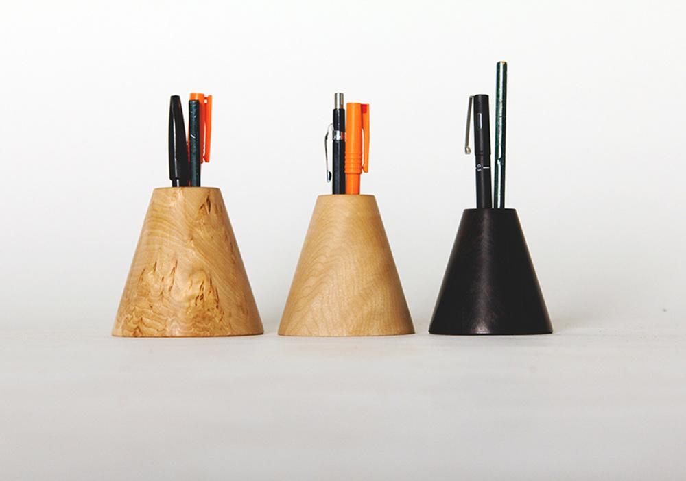 1-Pen-Pots-Low-Ress_1000