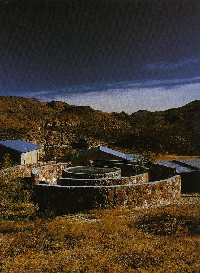 Judd-Chinati Las-Casas-della Valle
