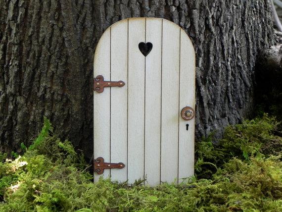 Little Hedgerow Fairy Door
