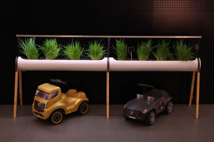 Mercedes Me Pop Up with plants by INFARM