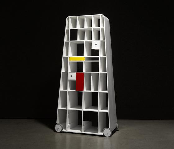 Moving Mondrian