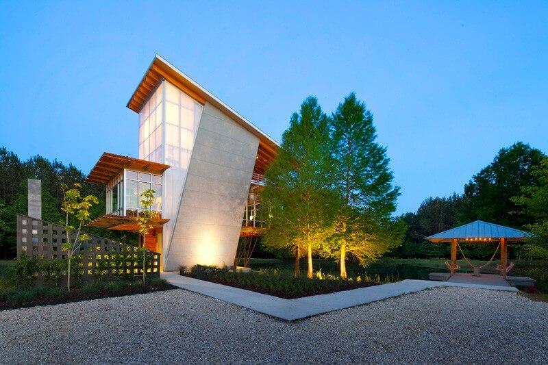 pond house 9