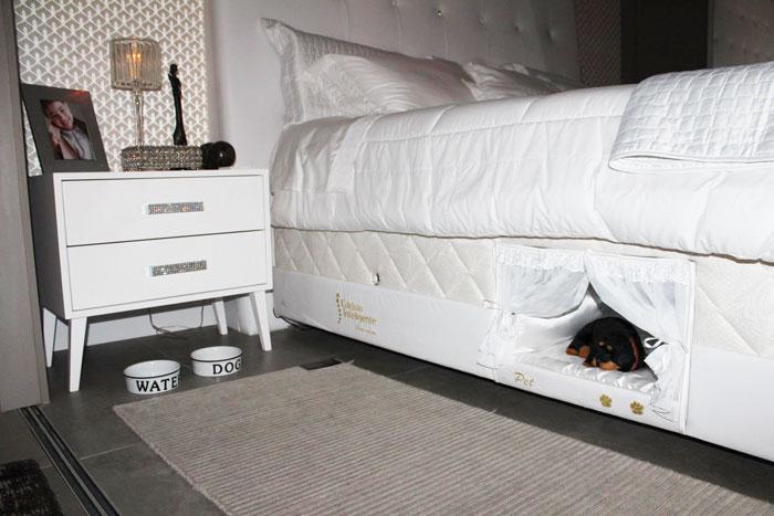 pet-bed-inside-mattress-2