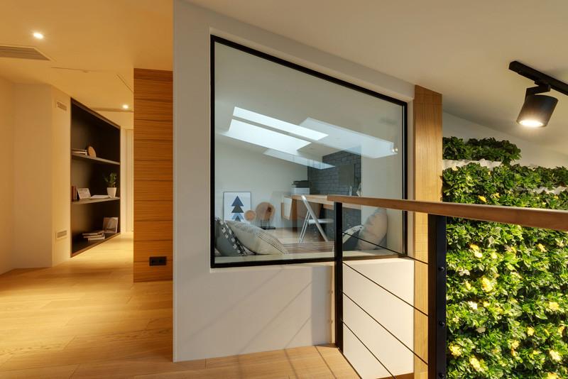 slide apartment 7