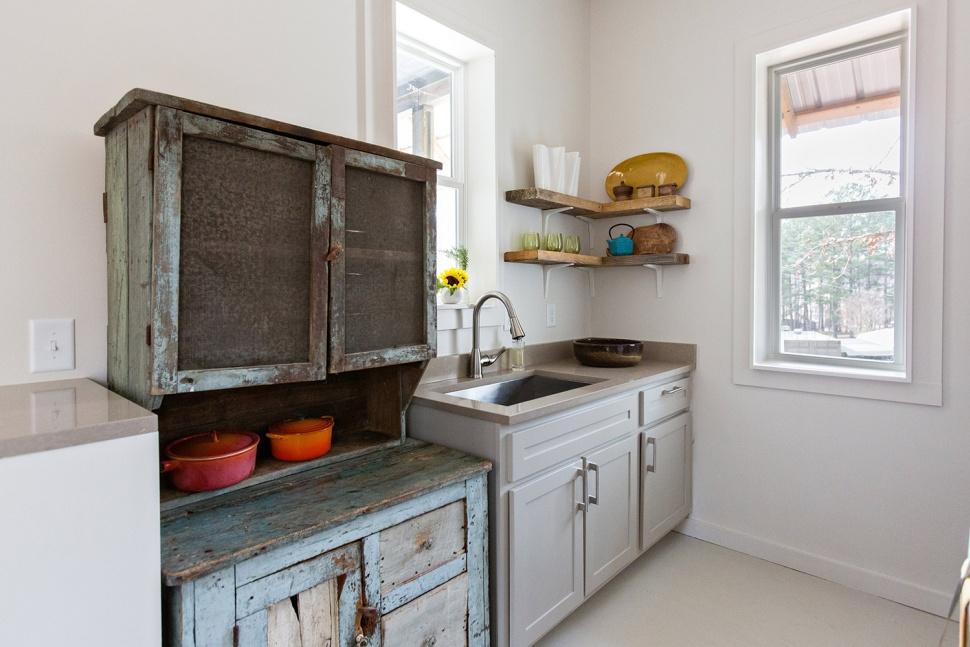 rural-studio-20K-house-kitchen