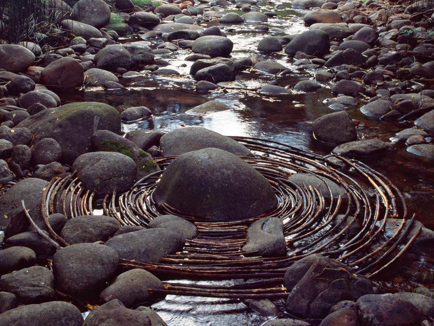 andy-goldsworthy-land-art