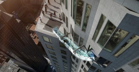 Glass slide suspended from 1,000 feet up in Los Angeles